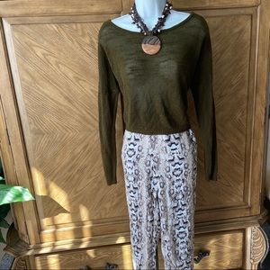 Forever21 olive green open back knit sweater